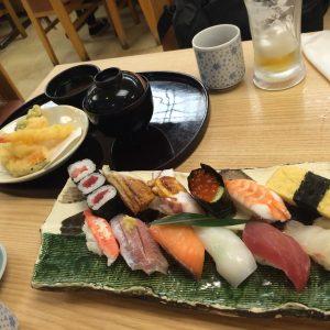 関西国際空港で食事