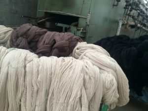 乾燥後の糸