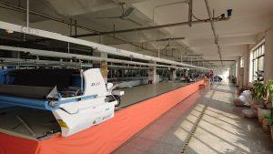 長~い縫製台
